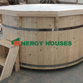 Wooden hot tub 2.2 m